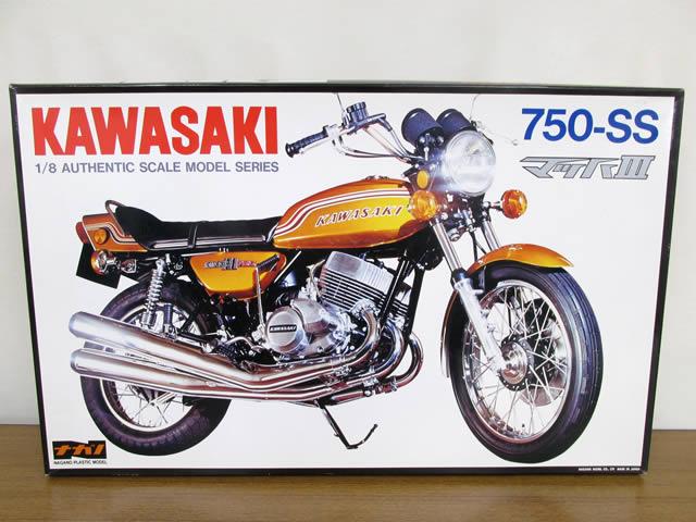 ナガノ 1/8 カワサキ マッハIII 750-SS