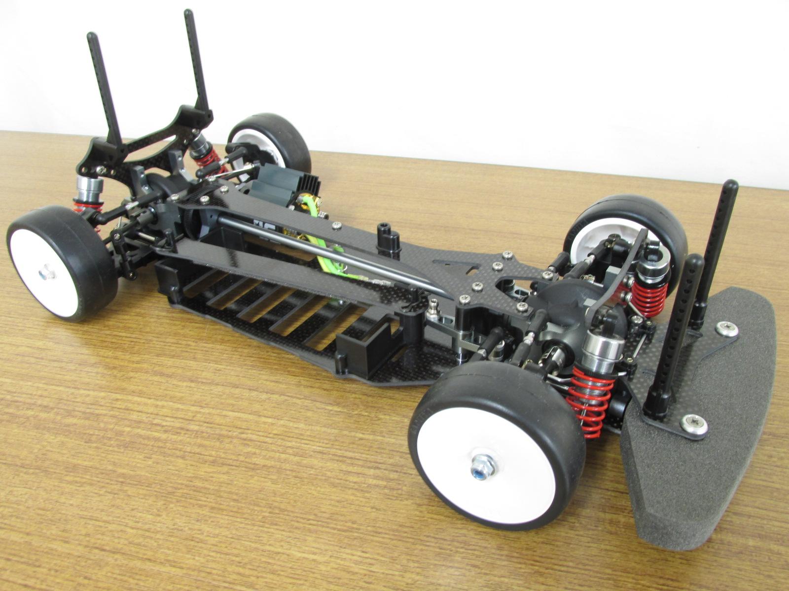 タミヤ 1/10スケール 電動RC4WDレーシングシャーシキット TBエボリューションII 組立済