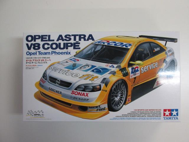 タミヤ 1/24 スポーツカーシリーズNo.243 「オペルアストラ V8 クーペ オペルチーム フェニックス」