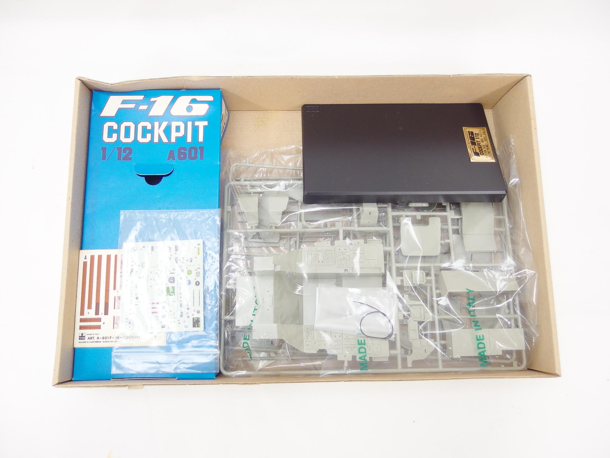 エッシー 1/12スケール F-16 コックピット