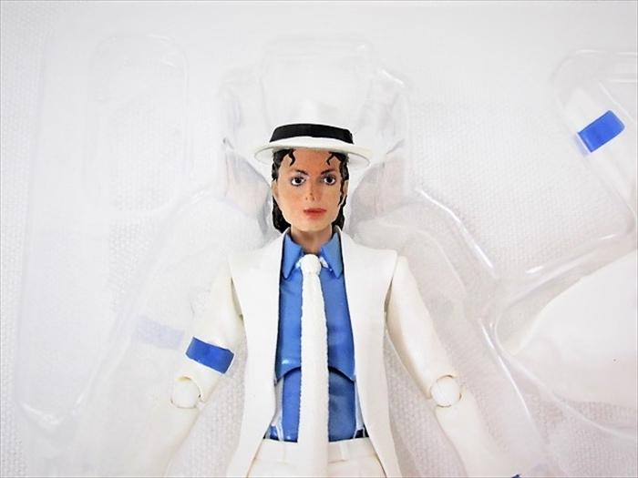 【買取】S.H.Figuarts マイケル・ジャクソン MICHAEL JACKSON / フィギュア 【ゼロ・グラビティ】